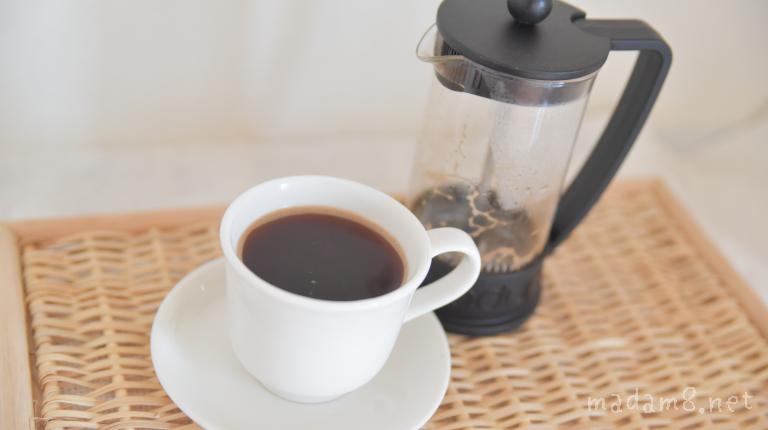 フレンチプレスコーヒーメーカーで淹れたコーヒー